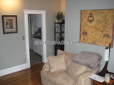Back Bay Apartment for rent 1 Bedroom 1 Bath Boston - $2,600