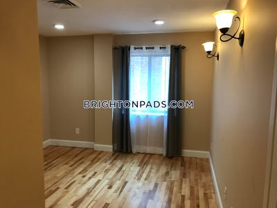 Brighton Beautiful 3 bed 1.5 bath unit on Chestnut Hill Ave in Brighton  Boston - $3,500