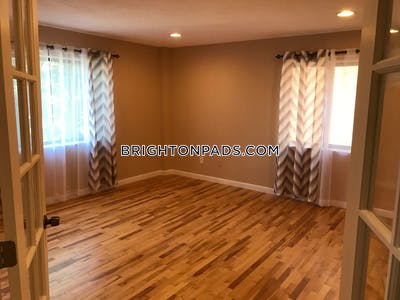 Brighton 3 Beds 1.5 Baths  Boston - $3,500