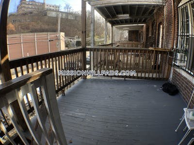 Mission Hill Spacious 3 bed 1 Bath apartment on S.Huntington Ave , Best deal in town! Boston - $2,395 No Fee