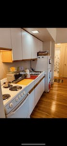 Brookline By far the best 2 bed 1 bath apt available in Lancaster Ter  Washington Square - $2,050 No Fee