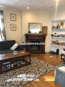 Malden Amazing 1 bed 1 bath in Malden - $1,700