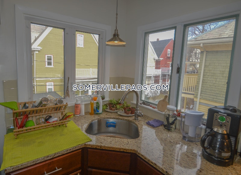 ... 5 Beds 2 Baths   Somerville   Davis Square $5,300 ...